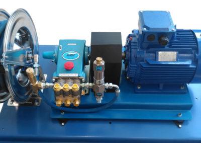 Skid Based Cat Pump with Hosereel